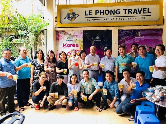 Công ty du lịch Lê Phong Travel