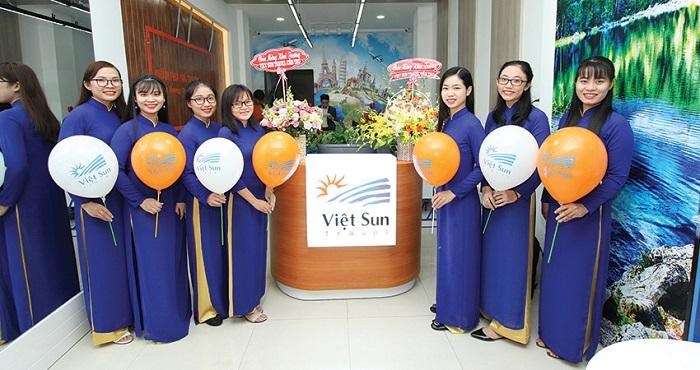 Công ty du lịch Vietsun Travel
