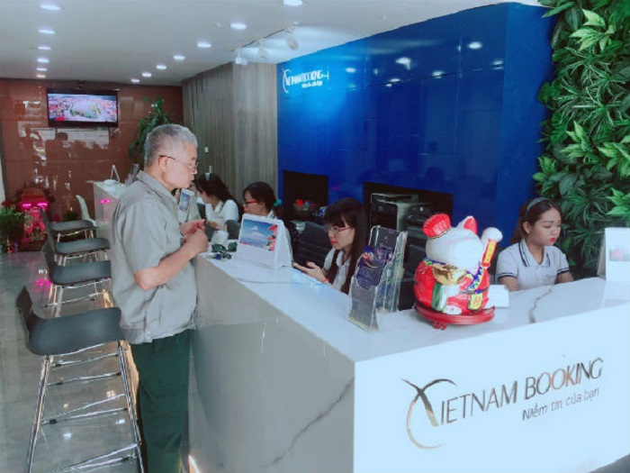 Công ty du lịch Việt Nam Booking
