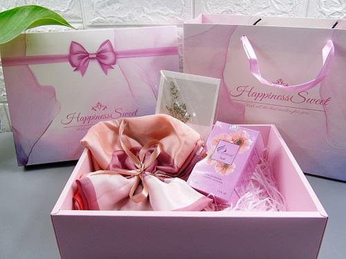 quà tặng nước hoa cho bạn gái mới quen có ý nghĩa đặc biệt