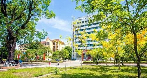 Khuôn viên Đại học Sư phạm Thái Nguyên