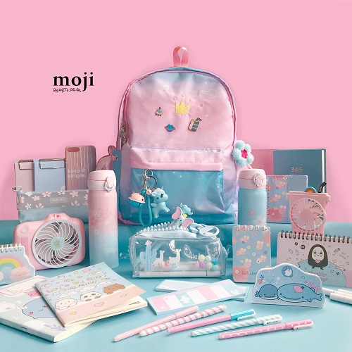 Moji là chuỗi của hàng phụ kiện và quà tặng được nhiều bạn trẻ yêu thích