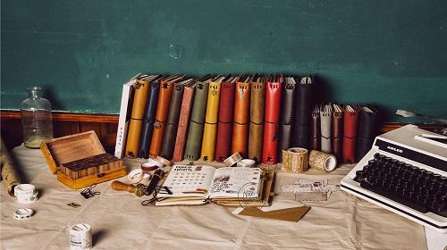 Với kiểu dáng cổ điển, đơn giản lại rất tinh tế, thanh lịch, sổ tay Noteworth đã nhanh chóng chiếm được thiện cảm không chỉ học sinh, sinh viên mà còn có cả dân văn phòng