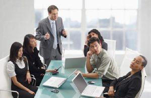 giao tiếp kém có thể làm xáo trộn các mối quan hệ
