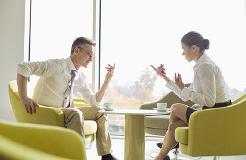 Kỹ năng giao tiếp tốt sẽ giúp bạn thăng tiến trong công việc