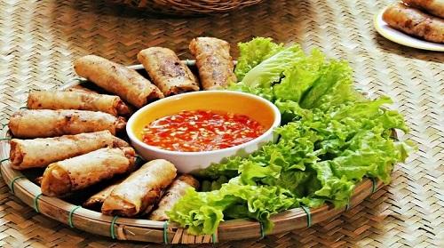 Món nem rán truyền thống của người Việt